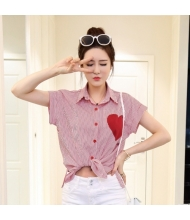 พร้อมส่ง เสื้อผ้าแฟชั่น เสื้อเชิ้ตแฟชั่นเกาหลี ผ้าโทเร  แต่งรูปหัวใจ สีแดง-ขาว
