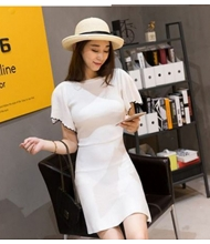 พร้อมส่ง เดรสแฟชั่น เดรสแฟชั่นเกาหลี ผ้า Rip Cotton ชุดสีขาว